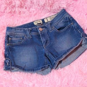 Size 3 Juniors Jean Shorts